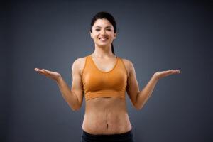 Rozstępy po treningu u kobiety
